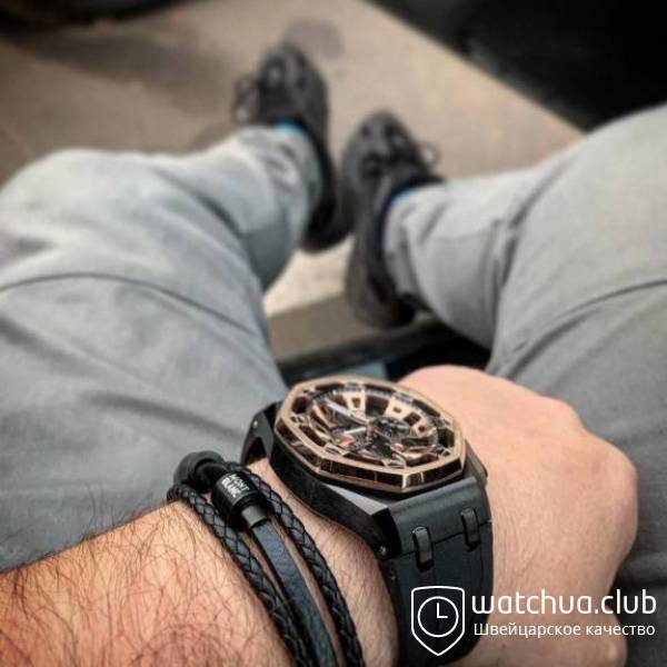 Audemars Piguet Royal Oak Offshore Carbon Chronograph black gold вид 3