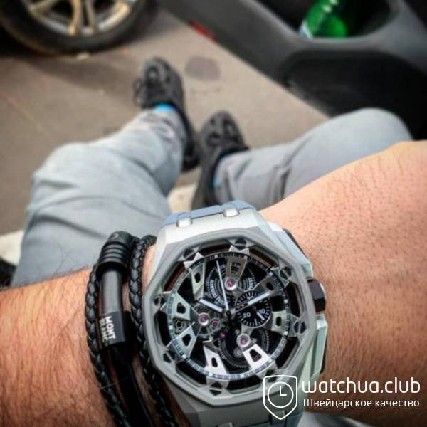 Audemars Piguet Royal Oak Offshore Carbon Chronograph metallic вид 1