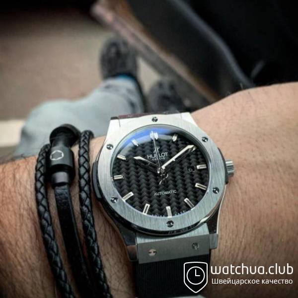Hublot Classic Fusion steel black carbon вид 1